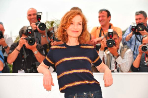 isabelle-huppert-cannes-09-press-conference-louis-vuitton-1