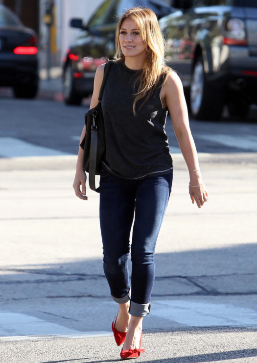 Hilary Duff Isabel Marant Poppy Suede Pumps