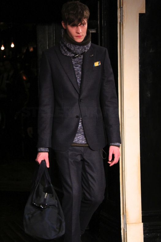 tommy-hilfiger-fall-winter-2011-menswear-collection-11