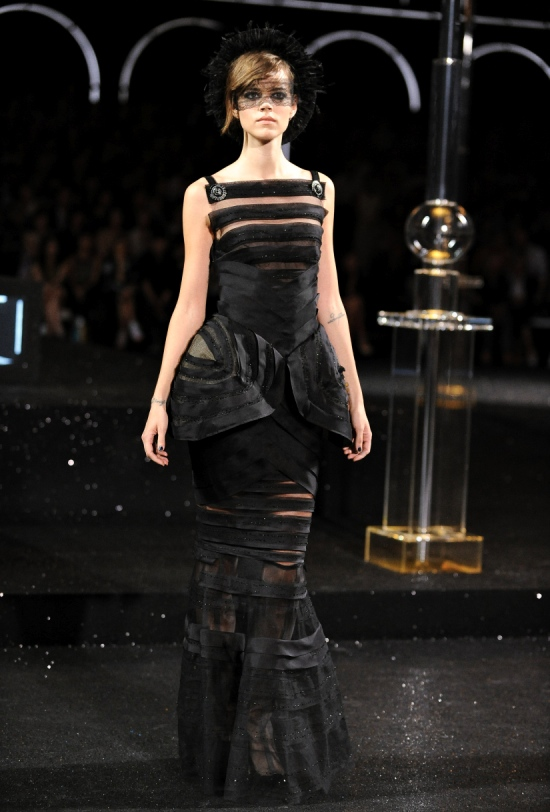 Chanel Haute Couture Fall Winter 2011 Collection 66
