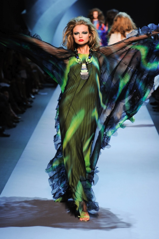 Dior Haute Couture Fall Winter 2011 Collection 28
