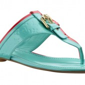 Louis Vuitton Summer 2012 Flat thong in Monogram Vernis