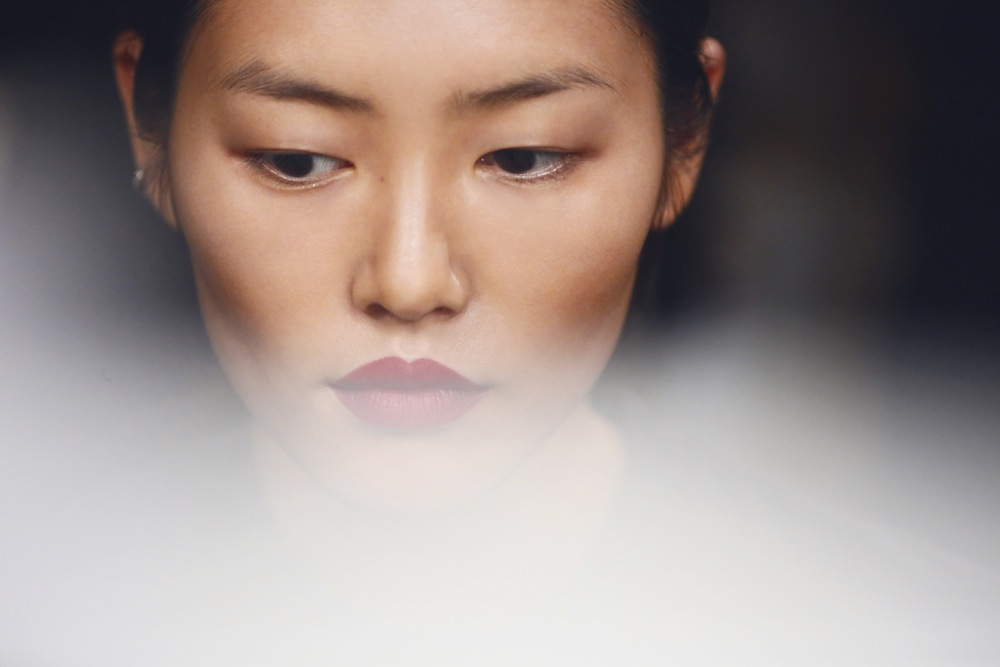 Burberry Beauty Backstage at the Burberry Prorsum Spring Summer 2013 Womenswear show 13