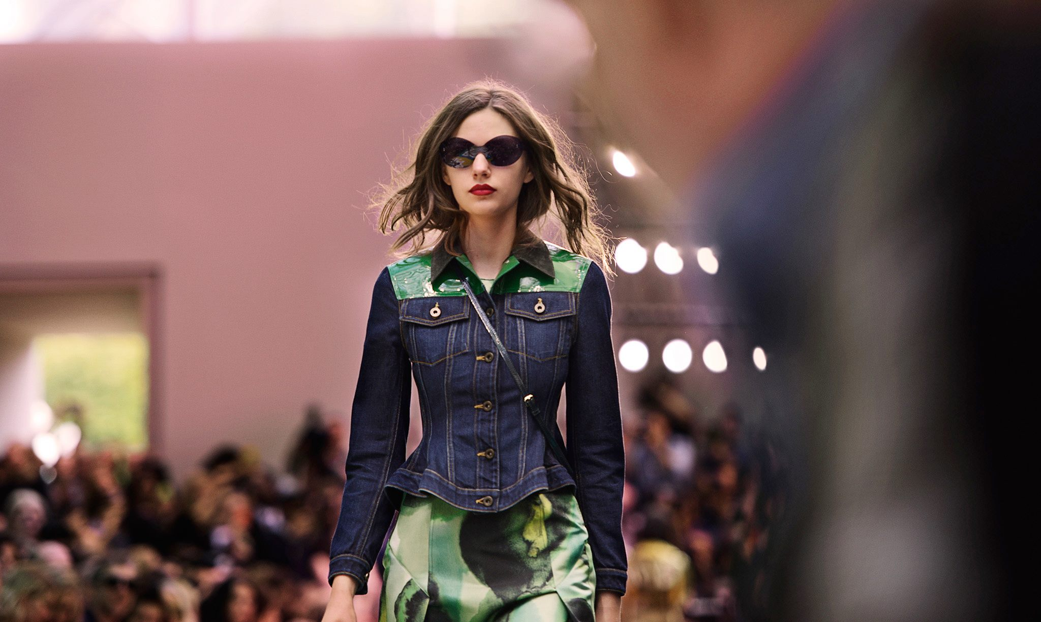 Burberry Prorsum Spring 2015 Collection 13