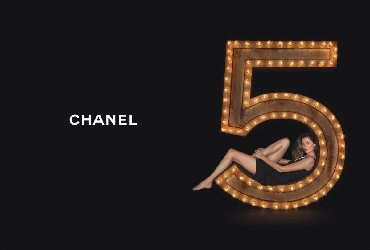 watch gisele surf in the new chanel n 5 film. Black Bedroom Furniture Sets. Home Design Ideas
