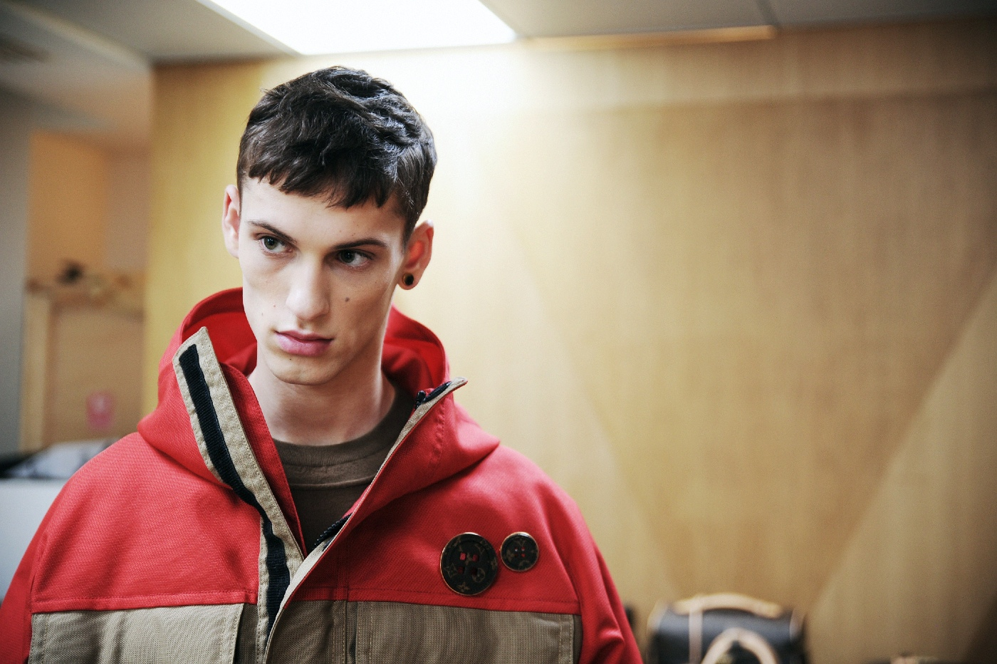Backstage at the Louis Vuitton Menswear Fall Winter 2015 Show 11