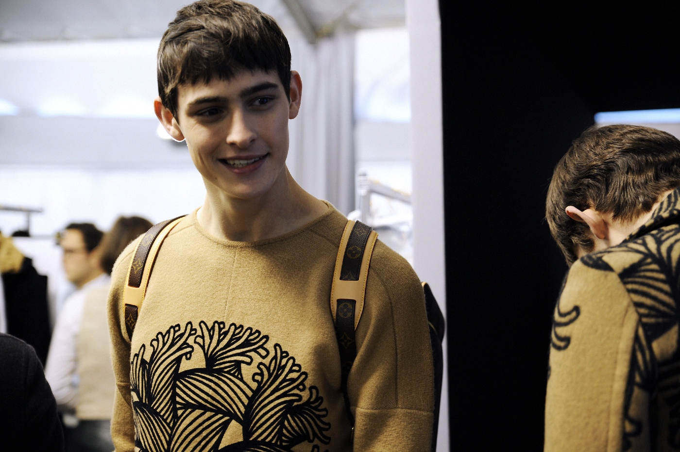 Backstage at the Louis Vuitton Menswear Fall Winter 2015 Show 18