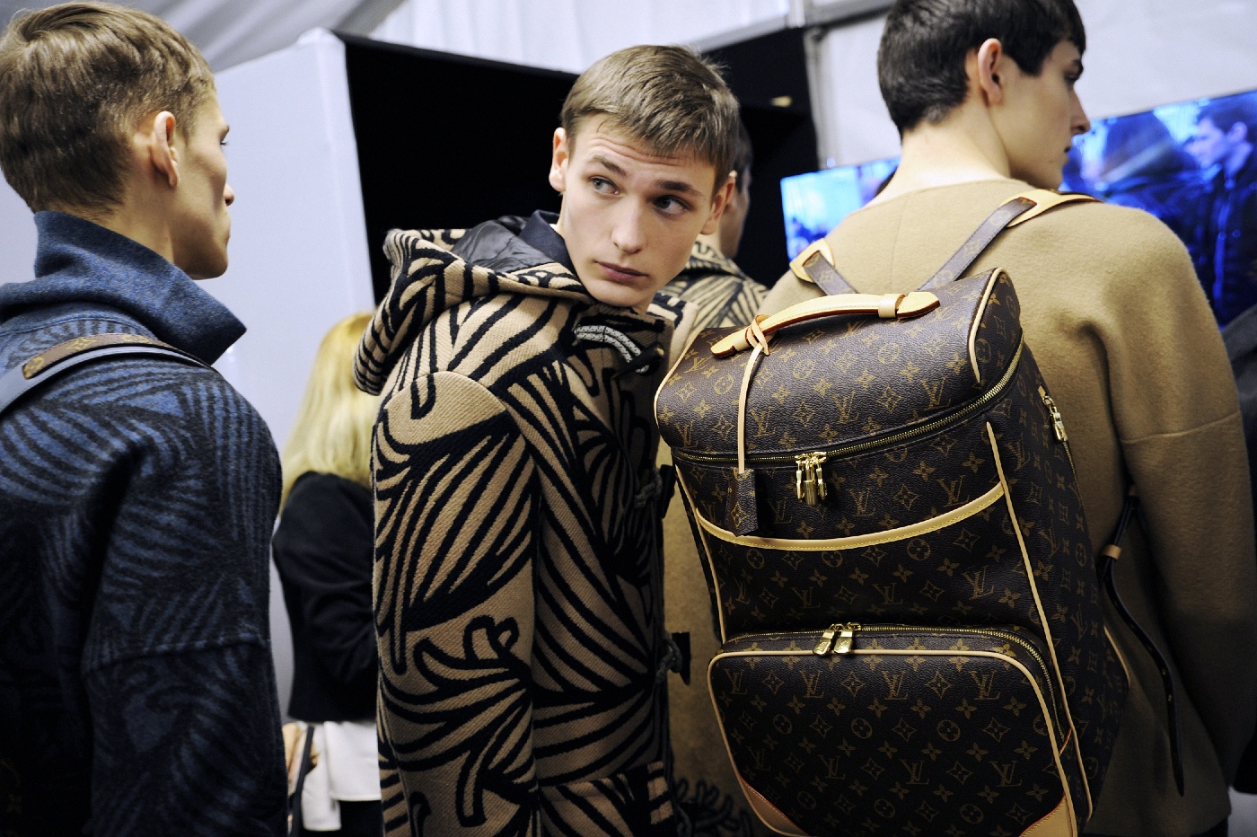 Backstage at the Louis Vuitton Menswear Fall Winter 2015 Show 33